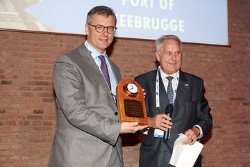 Zeebrugge is 'Ferry Port of the Year'
