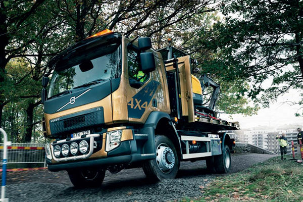 Off-road met de Volvo FL 4x4