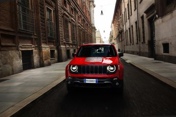 Jeep introduceert Renegade PHEV in Brussel