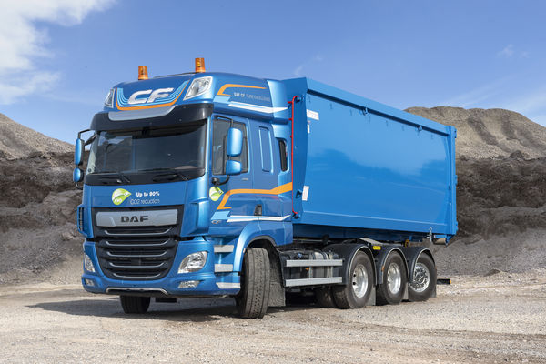 DAF Trucks toont nieuw 8x4 FAW-chassis