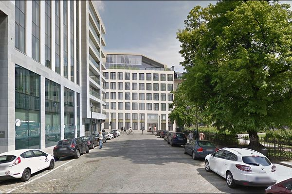 Kantoorgebouw The First in Brussel krijgt grondige facelift